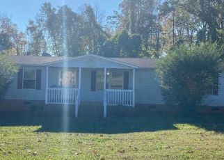 Pre Foreclosure in Reidsville 27320 STONEY CREEK SCHOOL RD - Property ID: 1650538904