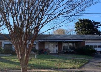 Pre Foreclosure in Winston Salem 27101 HIGHLAND AVE - Property ID: 1650540644