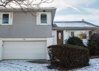 Pre Foreclosure in Valley Stream 11581 HUNGRY HARBOR RD - Property ID: 1650577429
