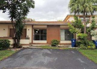 Pre Foreclosure in Fort Lauderdale 33313 NW 63RD TER - Property ID: 1651236587