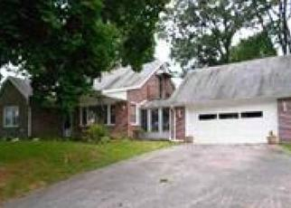 Pre Foreclosure in York 17408 CARLISLE RD - Property ID: 1651574258