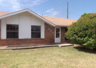 Pre Foreclosure in Altus 73521 HAIRSTON ST - Property ID: 1651799828