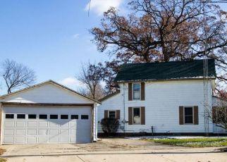 Pre Foreclosure in Dowagiac 49047 MAIN ST - Property ID: 1651900102