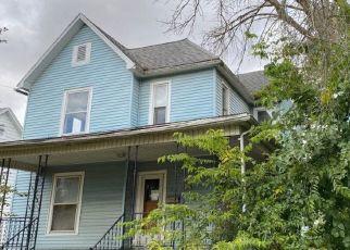 Pre Foreclosure in Paris 61944 N MAIN ST - Property ID: 1651956162
