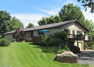 Pre Foreclosure in Carbondale 62901 DILLINGER RD - Property ID: 1651966241