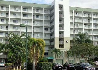 Pre Foreclosure in Pompano Beach 33069 S CYPRESS BEND DR - Property ID: 1652029306