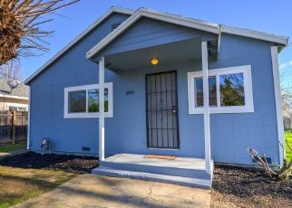 Pre Foreclosure in Sacramento 95833 AMERICAN AVE - Property ID: 1652128295