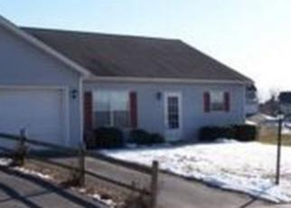 Pre Foreclosure in New Oxford 17350 CURTIS DR - Property ID: 1652134429