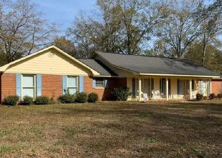 Pre Foreclosure in Eufaula 36027 NEWMONT DR - Property ID: 1652148442