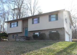 Pre Foreclosure in La Follette 37766 LAKE DRIVE LN - Property ID: 1652272837