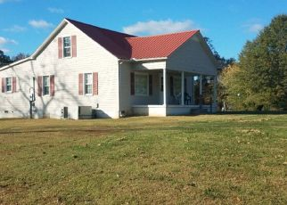 Pre Foreclosure in Bloomington Springs 38545 OLD GAINESBORO RD - Property ID: 1652277206