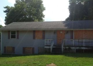 Pre Foreclosure in Cumberland 02864 TIMBERWOLF DR - Property ID: 1652484371