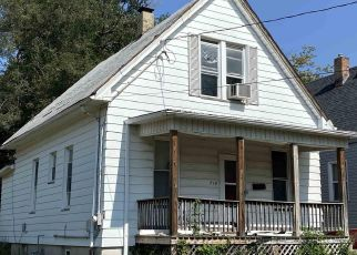 Pre Foreclosure in Peoria 61604 W NOWLAND AVE - Property ID: 1652529485