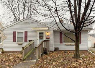 Pre Foreclosure in Peoria 61603 E FAIROAKS AVE - Property ID: 1652550952
