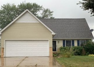 Pre Foreclosure in Monroe 48162 HUBER DR - Property ID: 1652917530
