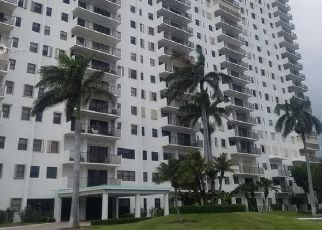 Pre Foreclosure in Hollywood 33019 S OCEAN DR - Property ID: 1653250386
