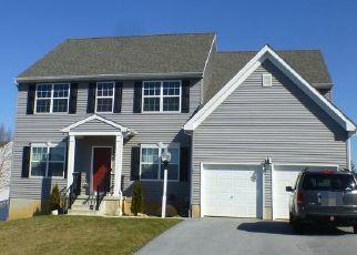 Pre Foreclosure in York 17402 LIBORIO LN - Property ID: 1653504860