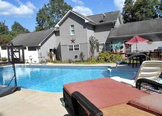 Pre Foreclosure in Ten Mile 37880 WILLOW LN - Property ID: 1653726917