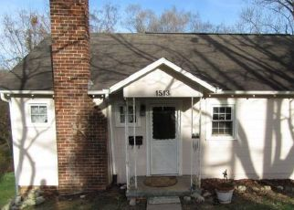 Pre Foreclosure in Kingsport 37665 SUNCREST DR - Property ID: 1653728657