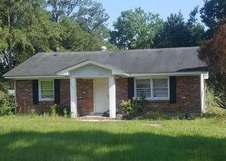 Pre Foreclosure in Florence 29506 E OLD MARION HWY - Property ID: 1653764569