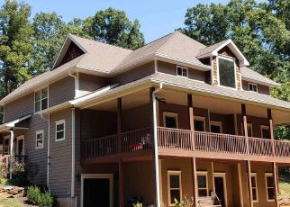 Pre Foreclosure in Cleveland 30528 TIMBER LN - Property ID: 1653784724