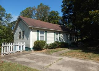Pre Foreclosure in Winston Salem 27105 WOODMONT CT - Property ID: 1654037873