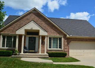 Pre Foreclosure in Clinton Township 48038 SIENNA CIR - Property ID: 1654219177