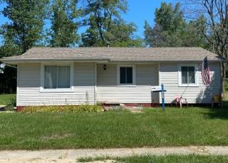 Pre Foreclosure in Flint 48506 TIPTREE PATH - Property ID: 1654233643