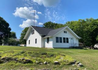 Pre Foreclosure in Buchanan 49107 RYNEARSON ST - Property ID: 1654245919