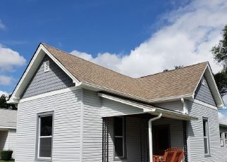 Pre Foreclosure in Shelbyville 46176 W HENDRICKS ST - Property ID: 1654338312
