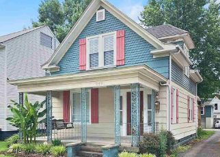 Pre Foreclosure in Huntington 25704 MADISON AVE - Property ID: 1654360207