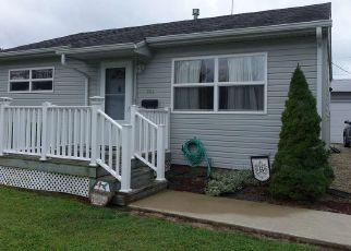 Pre Foreclosure in Wabash 46992 BERKLEY DR - Property ID: 1654405318