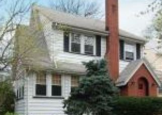 Pre Foreclosure in Maplewood 07040 PIERSON RD - Property ID: 1655024622