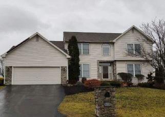 Pre Foreclosure in Harrisburg 17111 HARVEST DR - Property ID: 1655033826