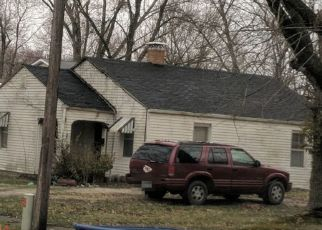 Pre Foreclosure in Versailles 65084 S BURKE ST - Property ID: 1655222138