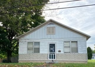 Pre Foreclosure in Dale 47523 N MAIN ST - Property ID: 1655294858