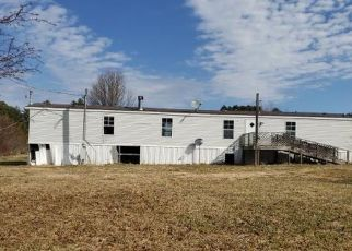 Pre Foreclosure in Axton 24054 MEDICAL CENTER RD - Property ID: 1655618512