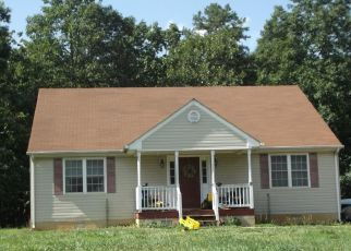 Pre Foreclosure in Lynchburg 24501 BEASLEY RD - Property ID: 1655638667