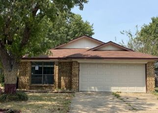 Pre Foreclosure in North Richland Hills 76182 MEADOWVIEW TER - Property ID: 1655679838