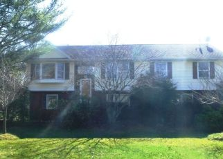 Pre Foreclosure in Kendall Park 08824 FINNEGAN LN - Property ID: 1655847121