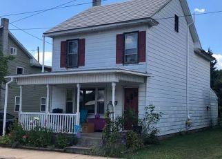 Pre Foreclosure in Hummelstown 17036 N DUKE ST - Property ID: 1655873863