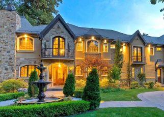 Pre Foreclosure in Salt Lake City 84117 E WALKER LN - Property ID: 1656574615
