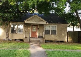 Pre Foreclosure in Houston 77009 BEGGS ST - Property ID: 1656619726