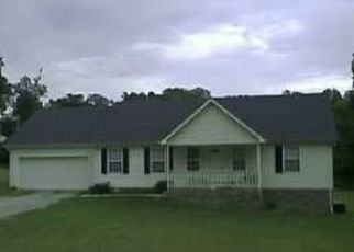 Pre Foreclosure in Burns 37029 HOGAN RD - Property ID: 1656669199
