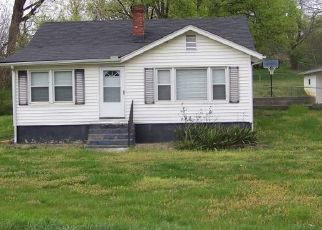 Pre Foreclosure in Knoxville 37914 STRAWBERRY PLAINS PIKE - Property ID: 1656691550