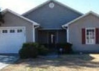 Pre Foreclosure in Jacksonville 28540 PEARL CT - Property ID: 1656725716