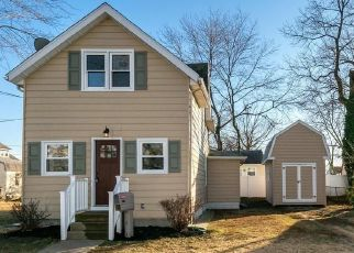 Pre Foreclosure in National Park 08063 ASBURY AVE - Property ID: 1656931111