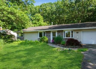 Pre Foreclosure in Kendall Park 08824 WHEELER RD - Property ID: 1656944254