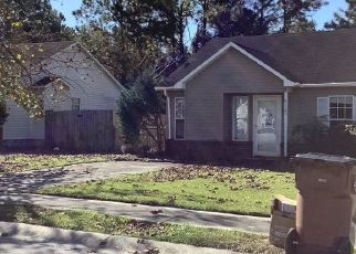 Pre Foreclosure in Jacksonville 28546 MESA LN - Property ID: 1657144861