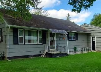 Pre Foreclosure in Syracuse 13205 SLAYTON AVE - Property ID: 1657193915
